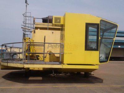 Seatrax 30 Meter Boom Crane, Rebuilt wth Certs