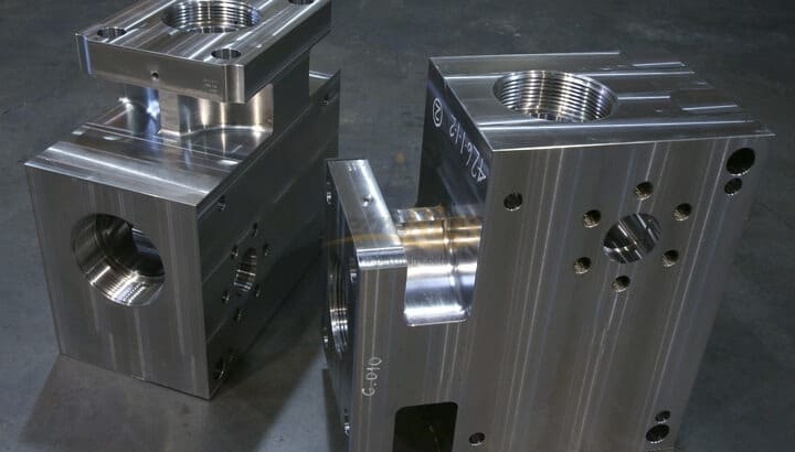 Titan T2600 Frac Fluid End