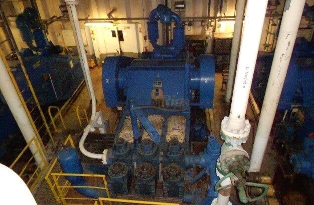 National 14 P-220 mud pumps