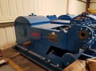 W-440 Triplex Pumps