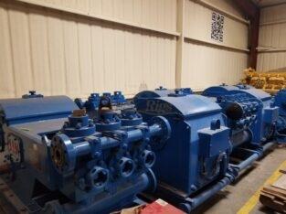 RS W-446 Triplex Pumps